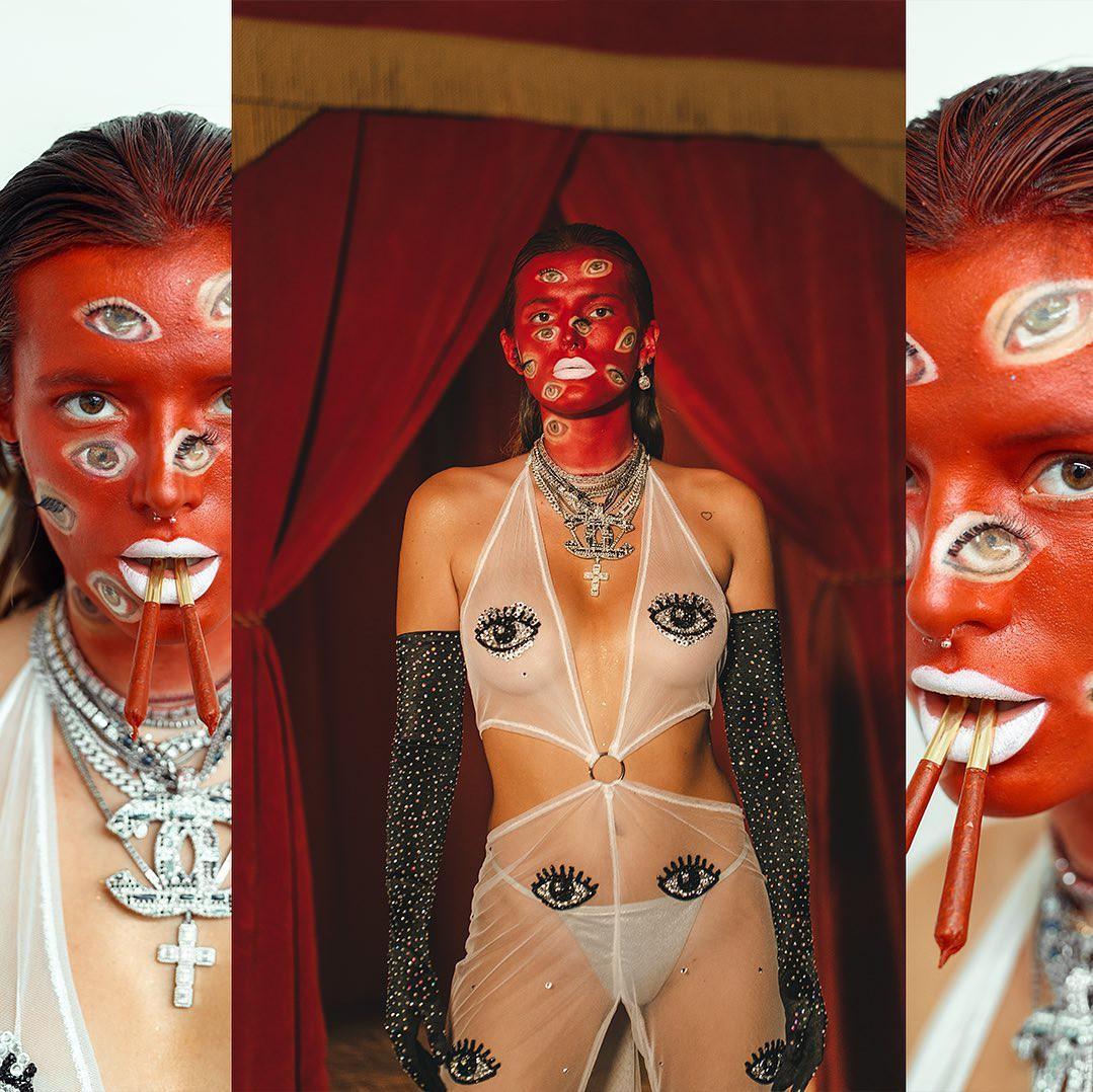 Bella Thorne Hot Halloween