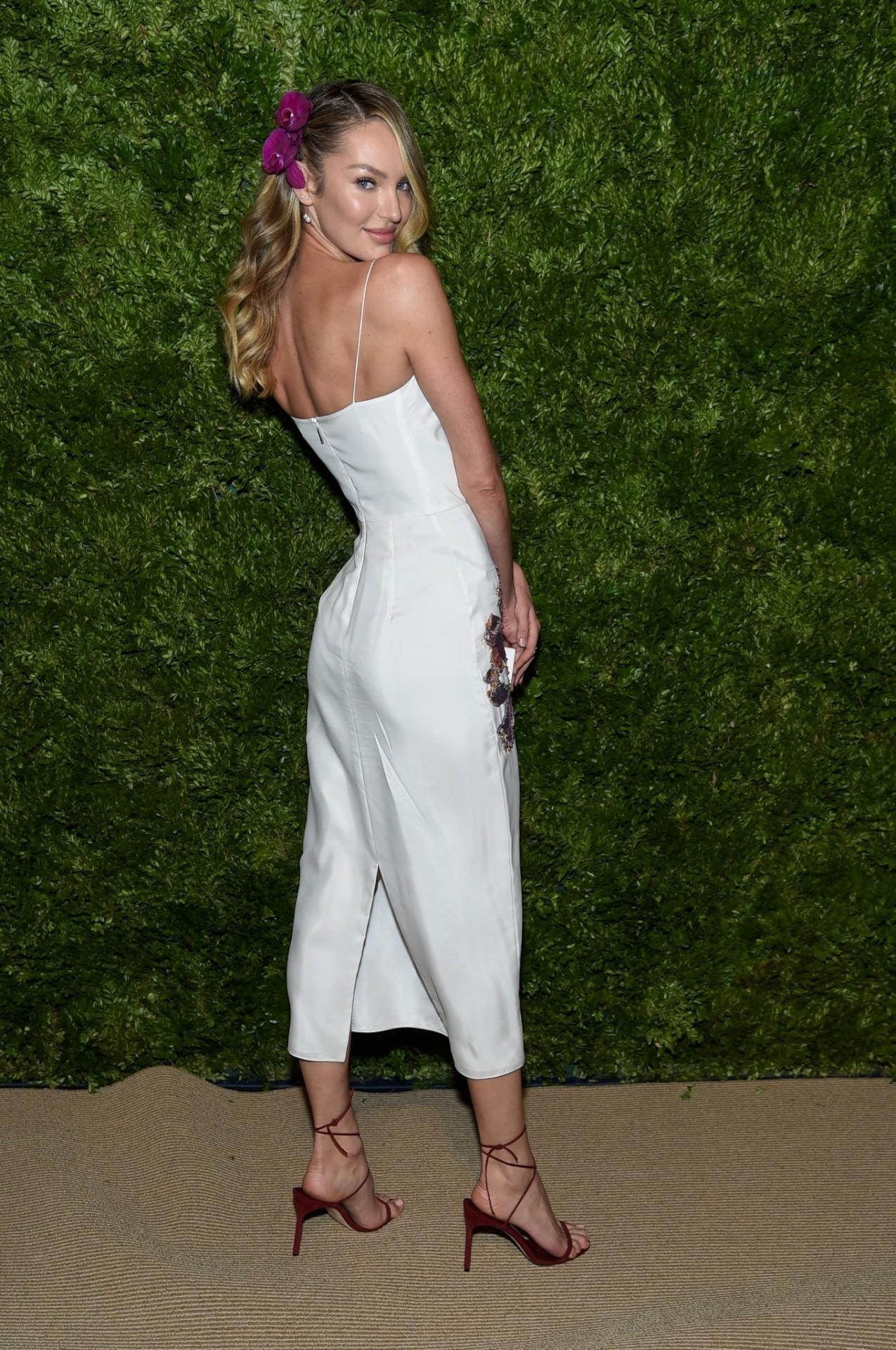 Candice Swanepoel Beautiful White Dress