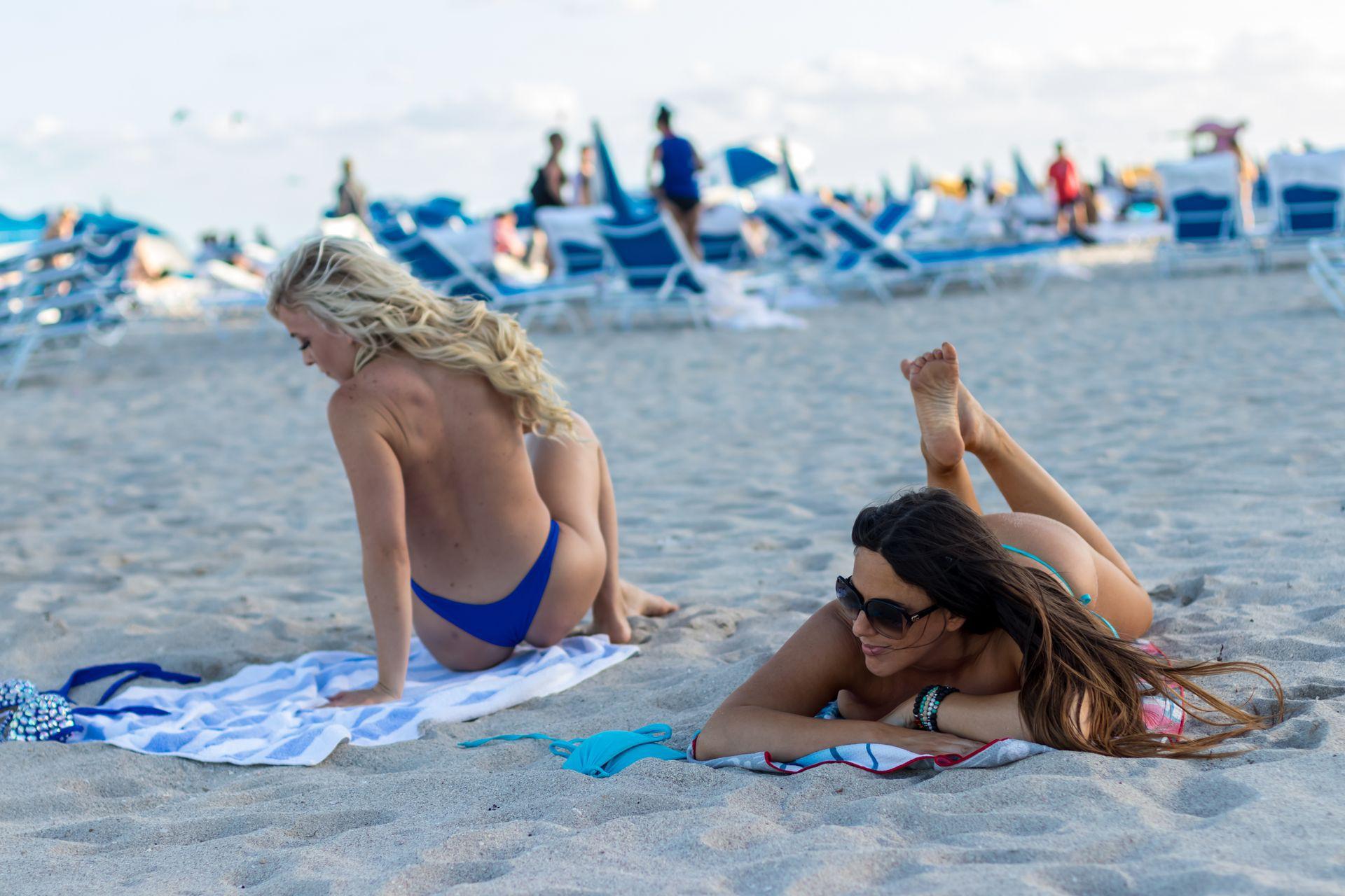 Claudia Romani Topless