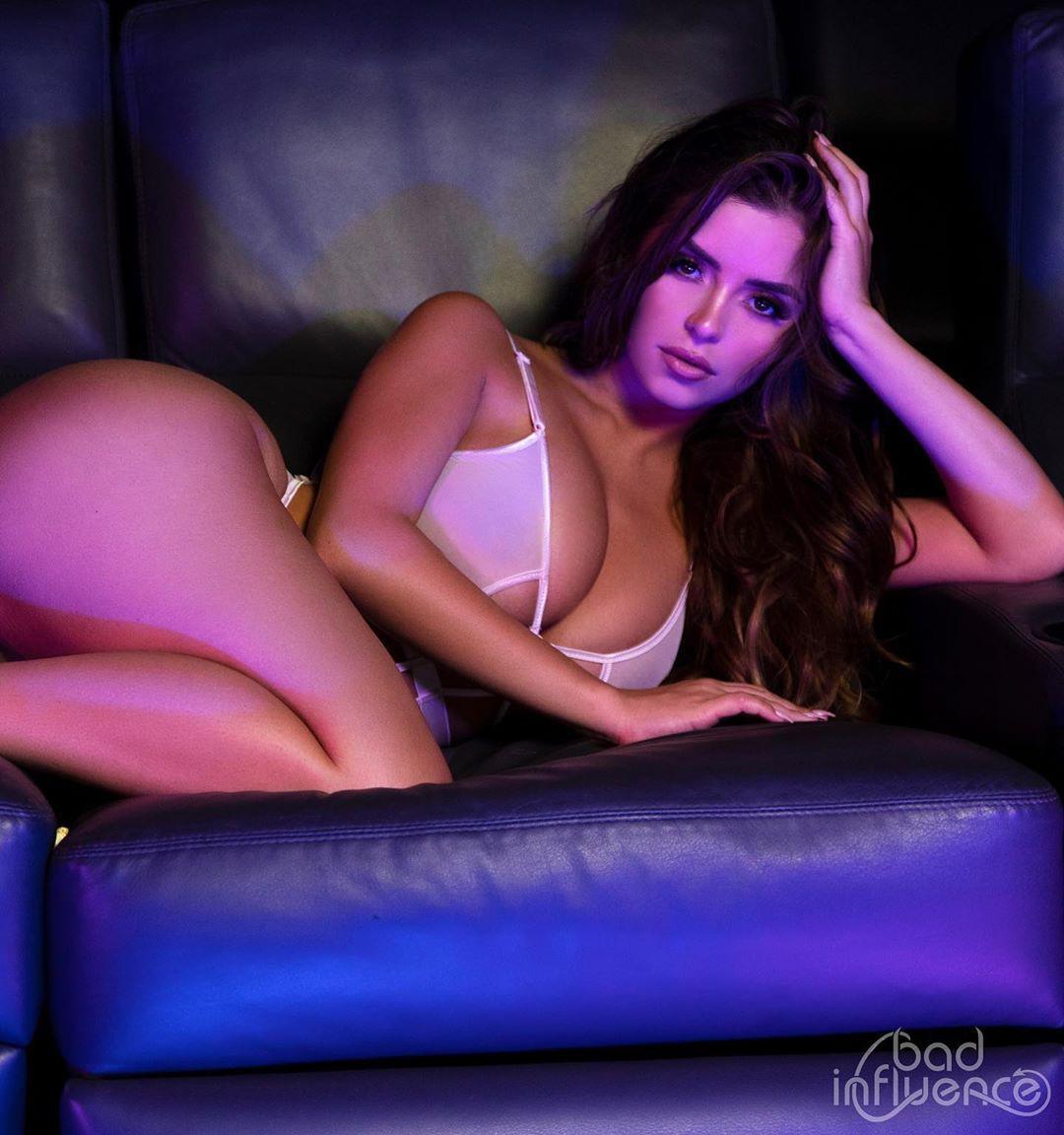 Demi Rose Mawby Sexy Boobs