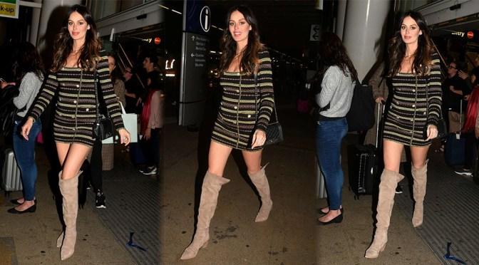 Nicole Trunfio – Sexy Legs at Sydney Airport in Australia
