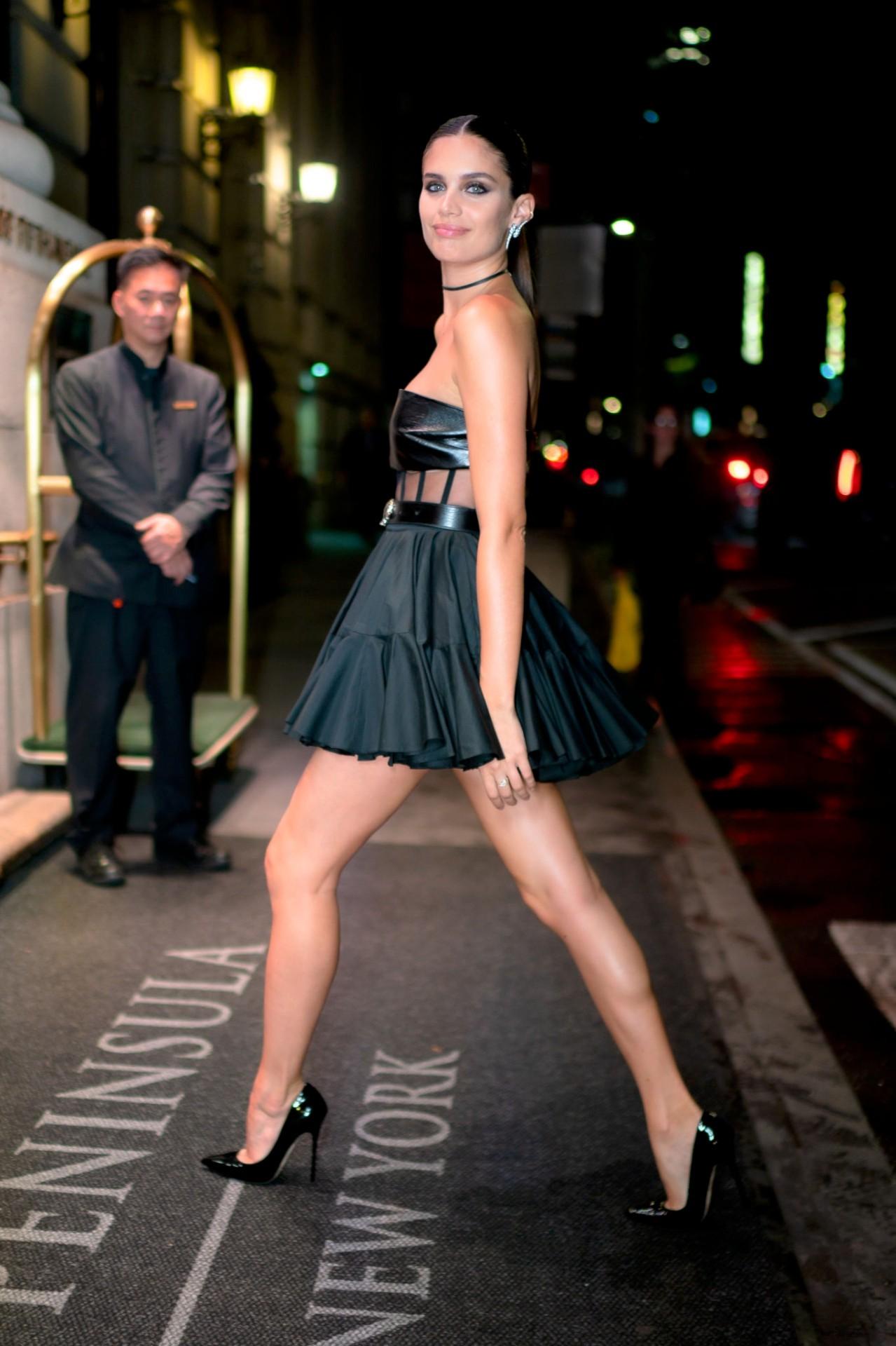 Sara Sampaio Beautiful Black Dress