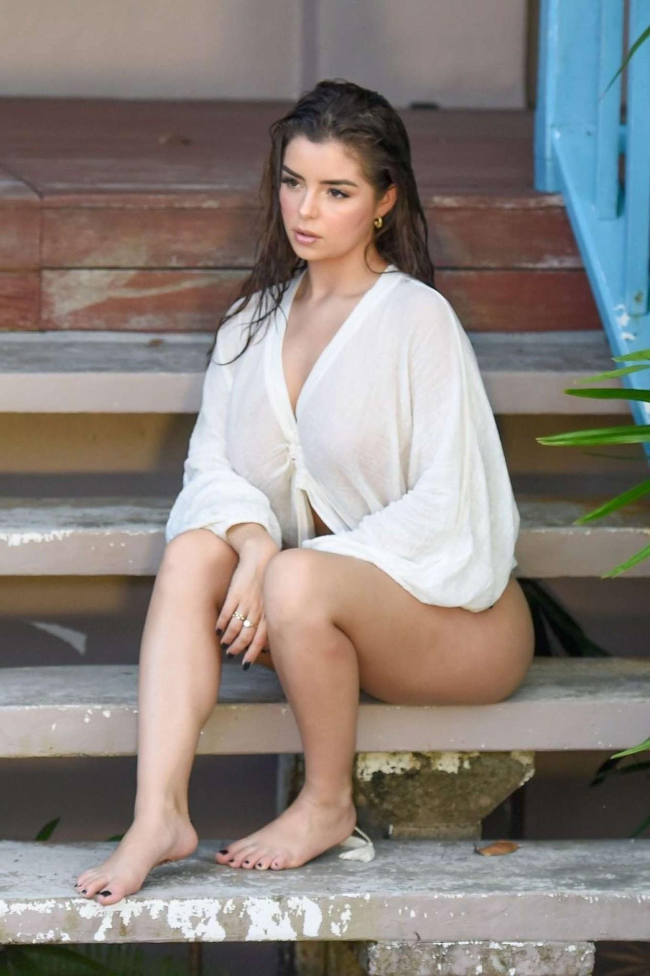 Demi Rose Mawby Sexy Photoshoot
