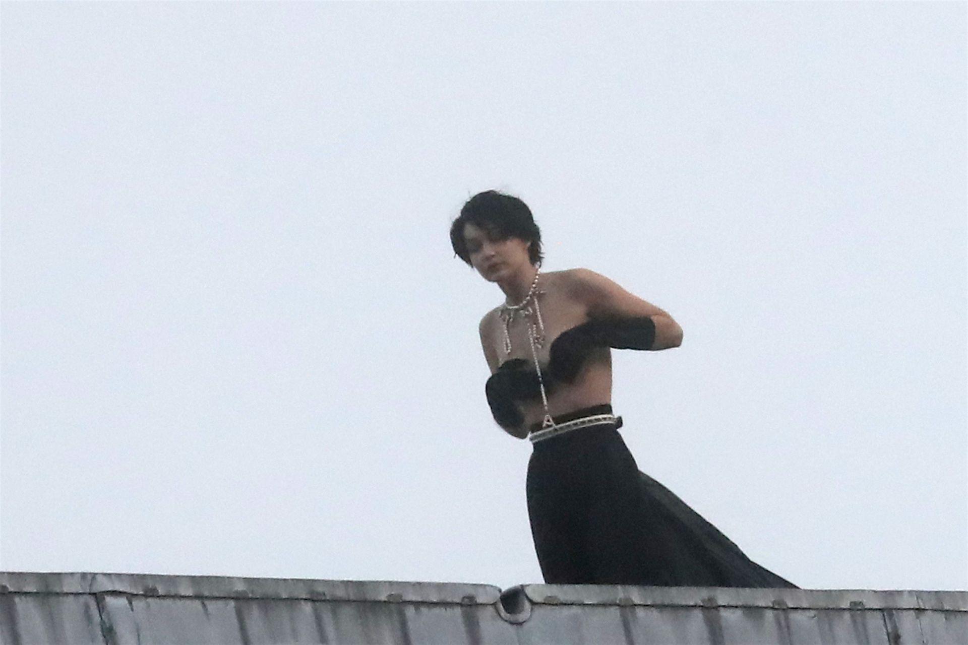 Gigi Hadid Topless Photoshoot
