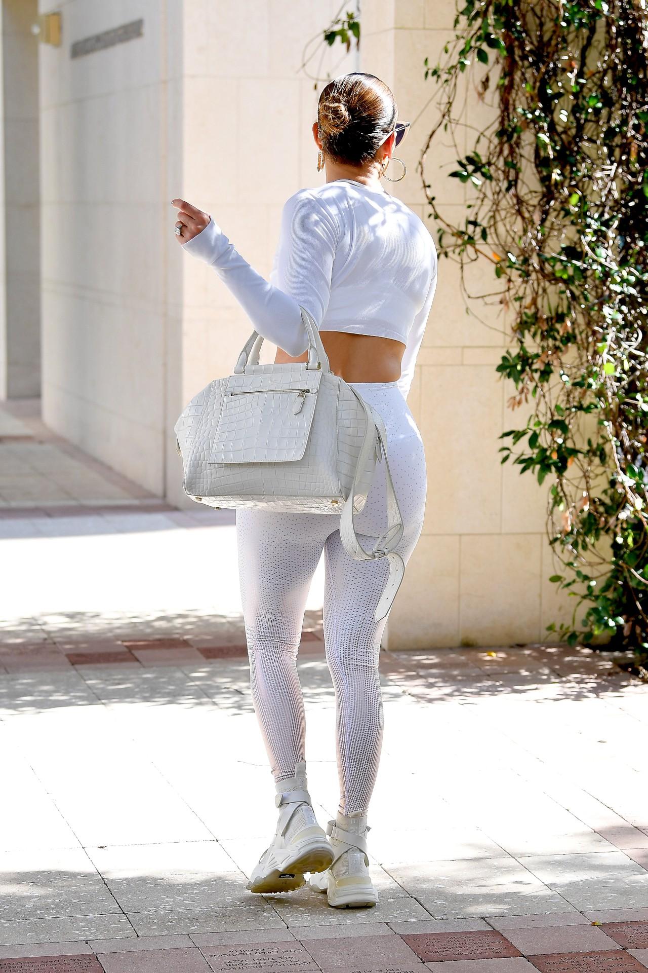 Jennifer Lopez Ass ()   Hot Celebs Home
