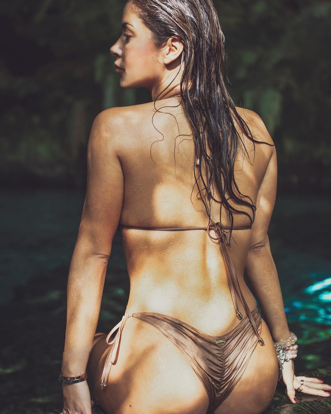 Arianny Celeste Sexy Ass