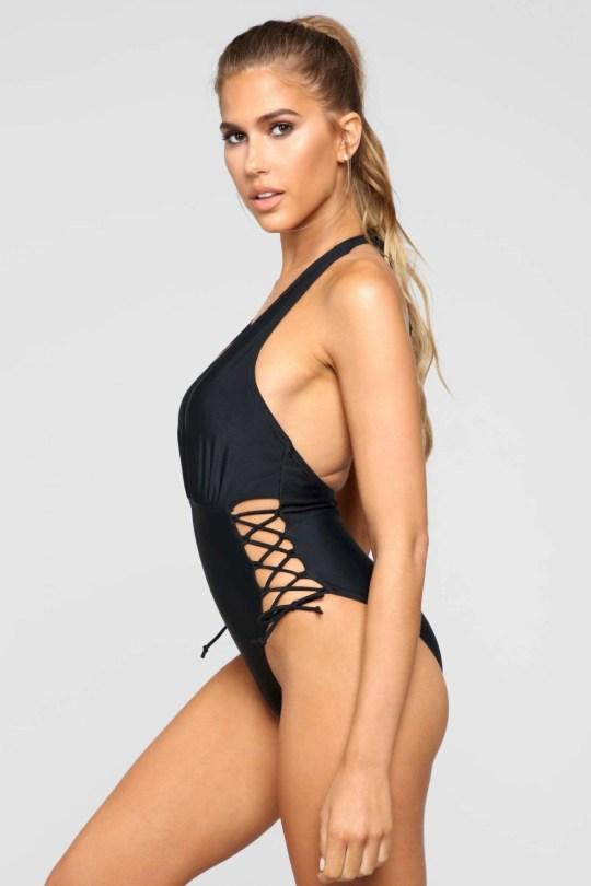 Kara Del Toro Sexy Swimsuit