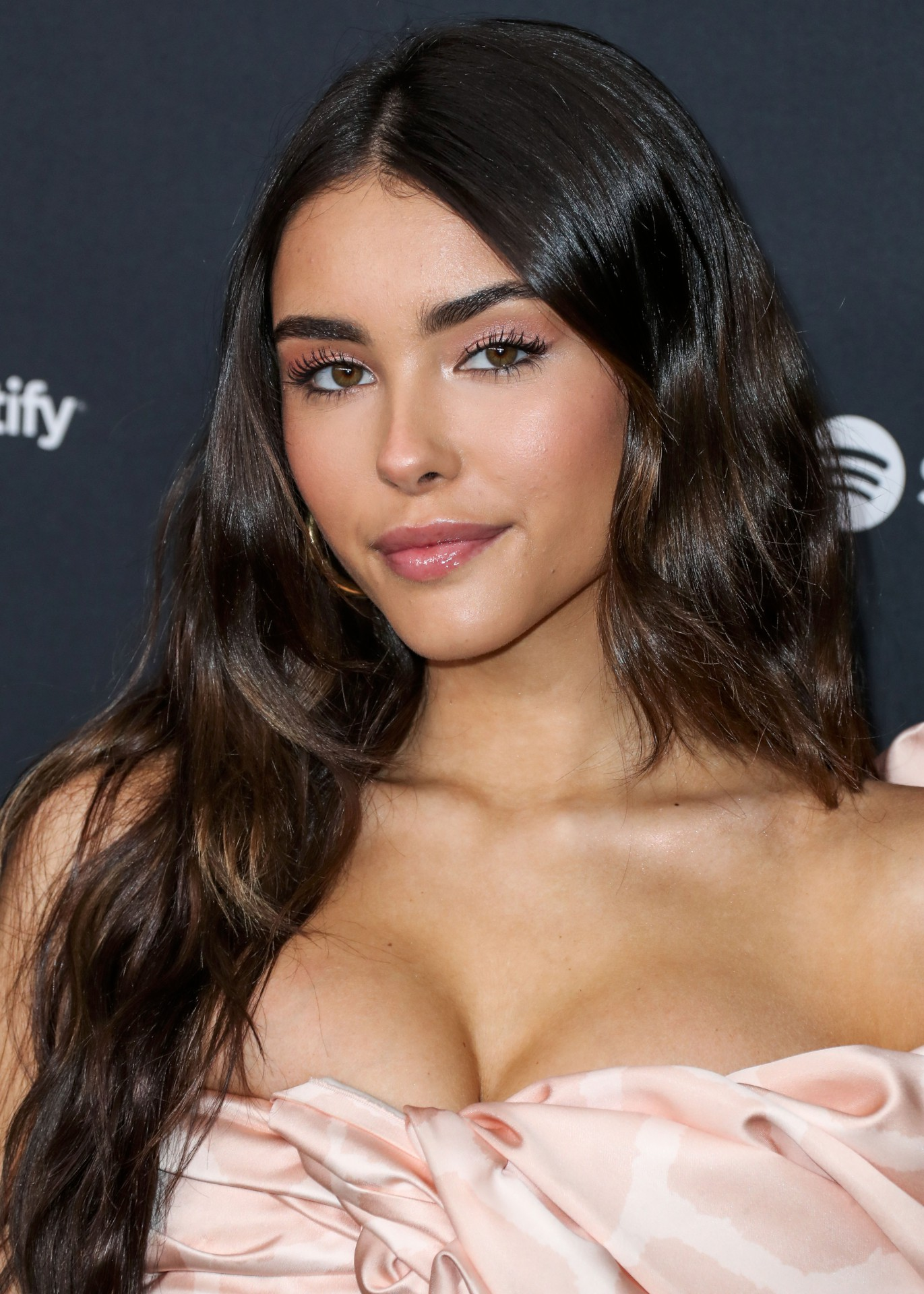 Madison Beer Sexy Cleavage