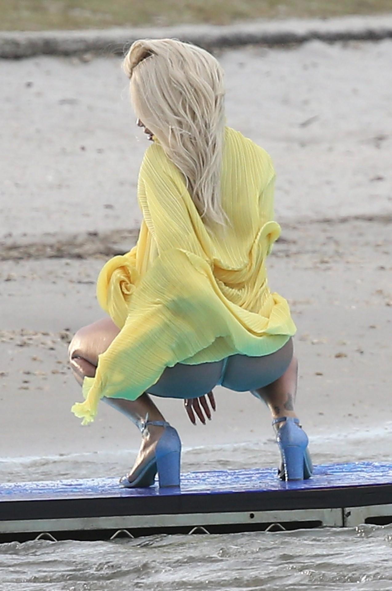 Rita Ora Sexy Upskirt