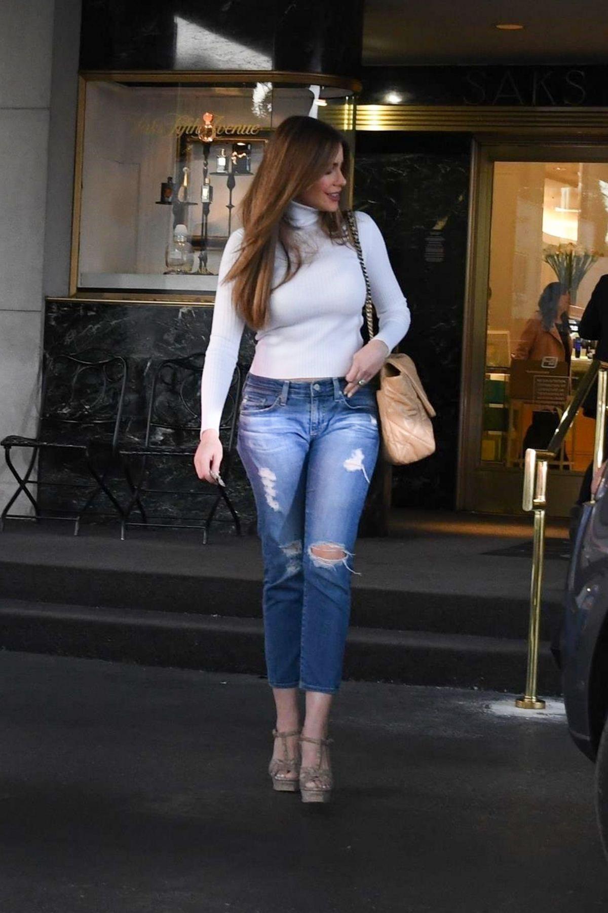 Sofia Vergara - Sexy Boobs at Saks Fifth Avenue in Beverly