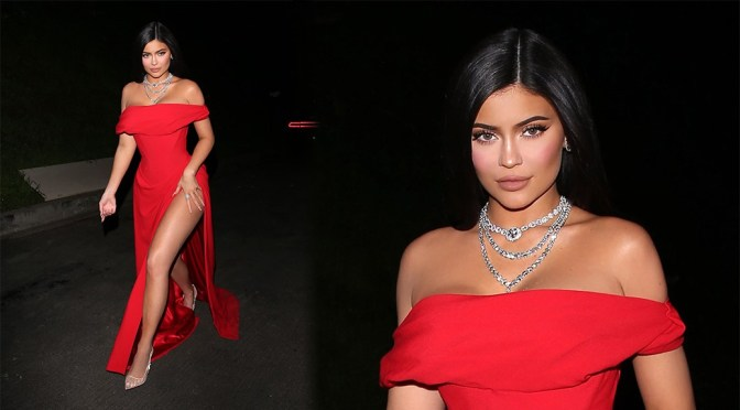 Kylie Jenner – Beautiful Legs in Sexy High Slit Dress at Jay Z and Beyonce's Oscars party in West Hollywood
