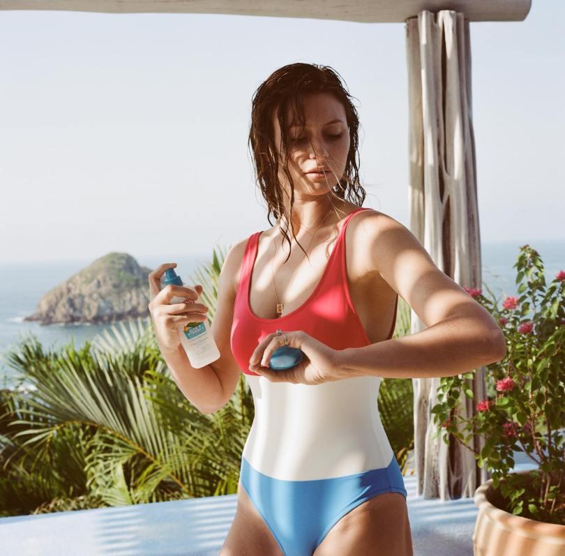 Alyson Aly Michalka Beautiful In Swimsuit