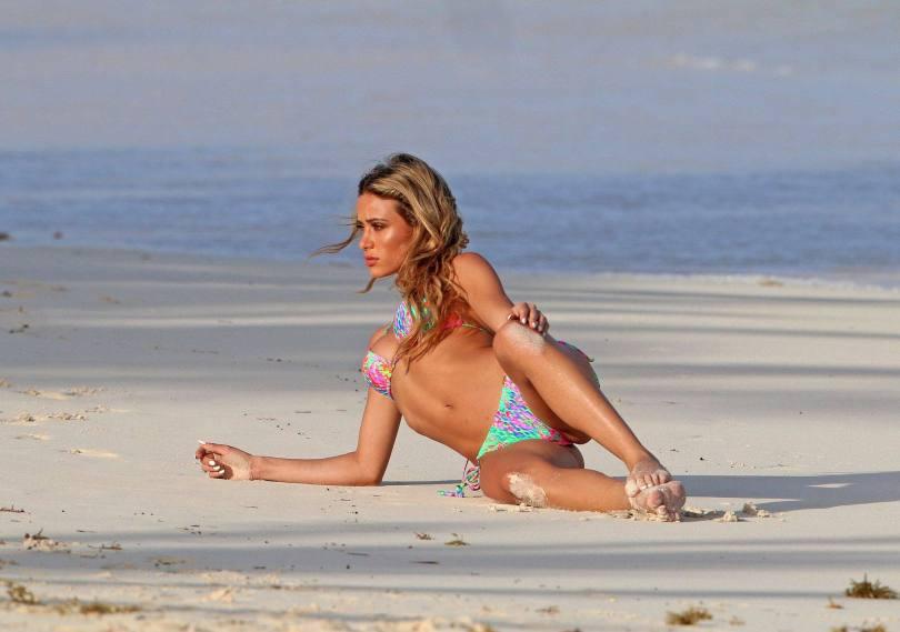 Cindy Prado In Sexy Bikini