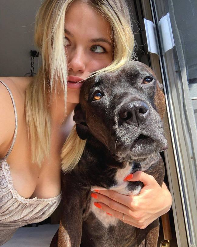 Hailey Clauson Sexy Cleavage With Dog