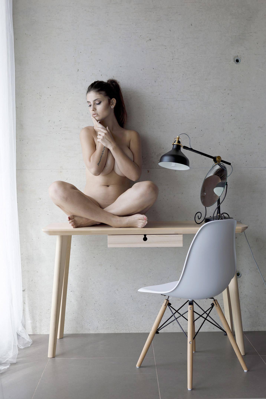 Judit Guerra Topless Boobs Pictures