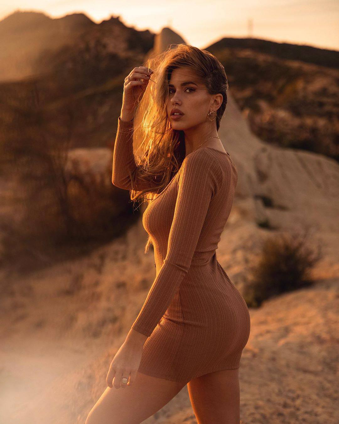 Kara Del Toro Hot Ass In Small Dress