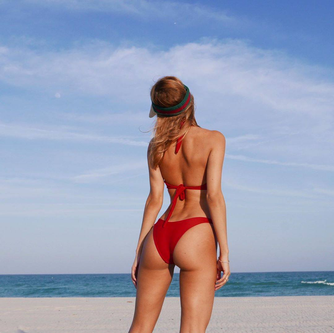Kimberley Garner Hot Ass In Red Bikini