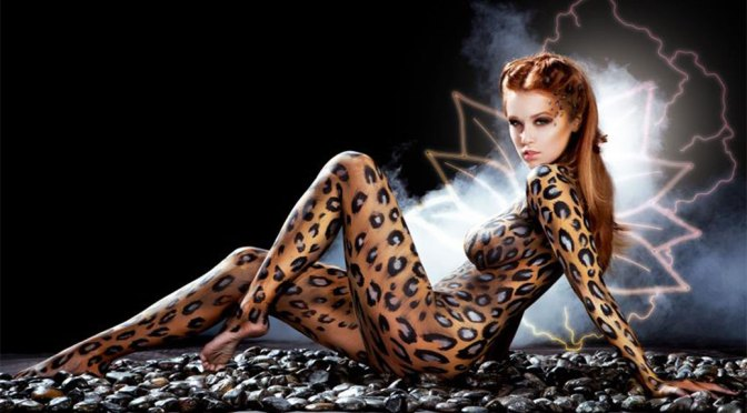 Leanna Decker - Beautiful Body in Naked Body Paint Photoshoot