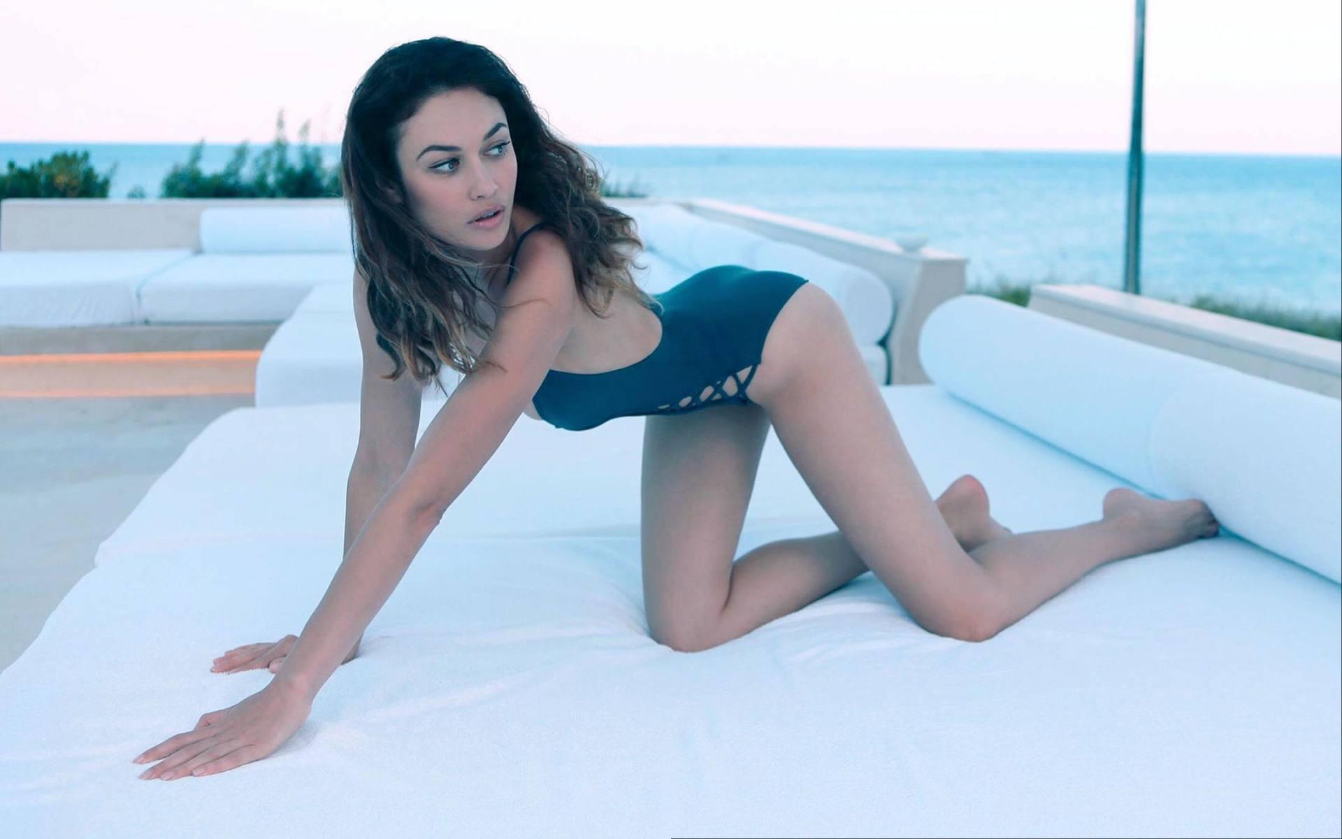Olga Kurylenko Hot Body In Swimsuit
