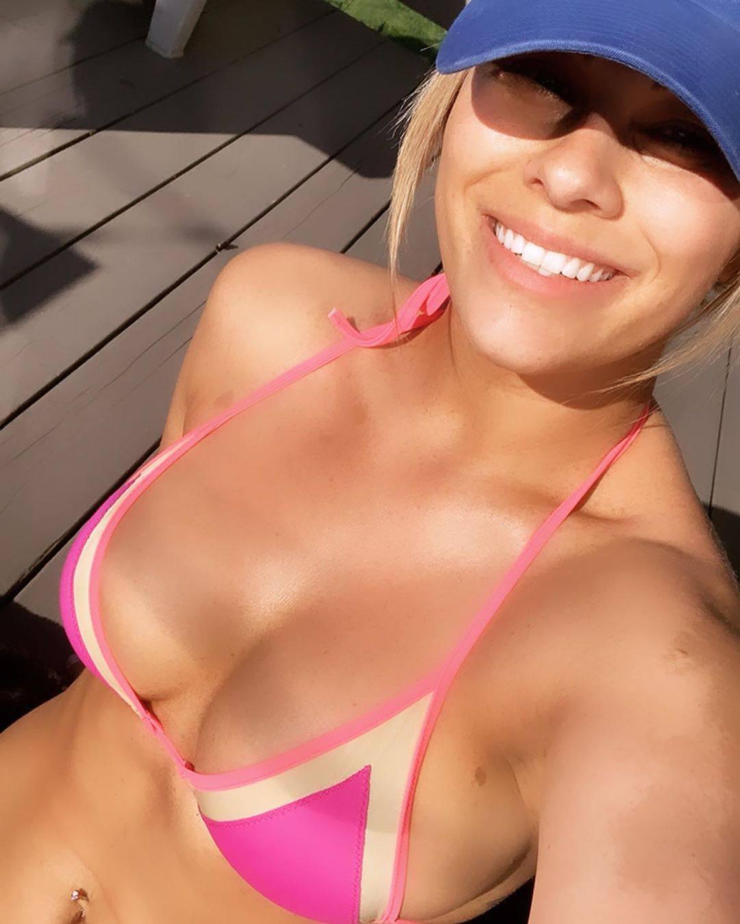 Paige Vanzant Sexy Boobs In A Bikini