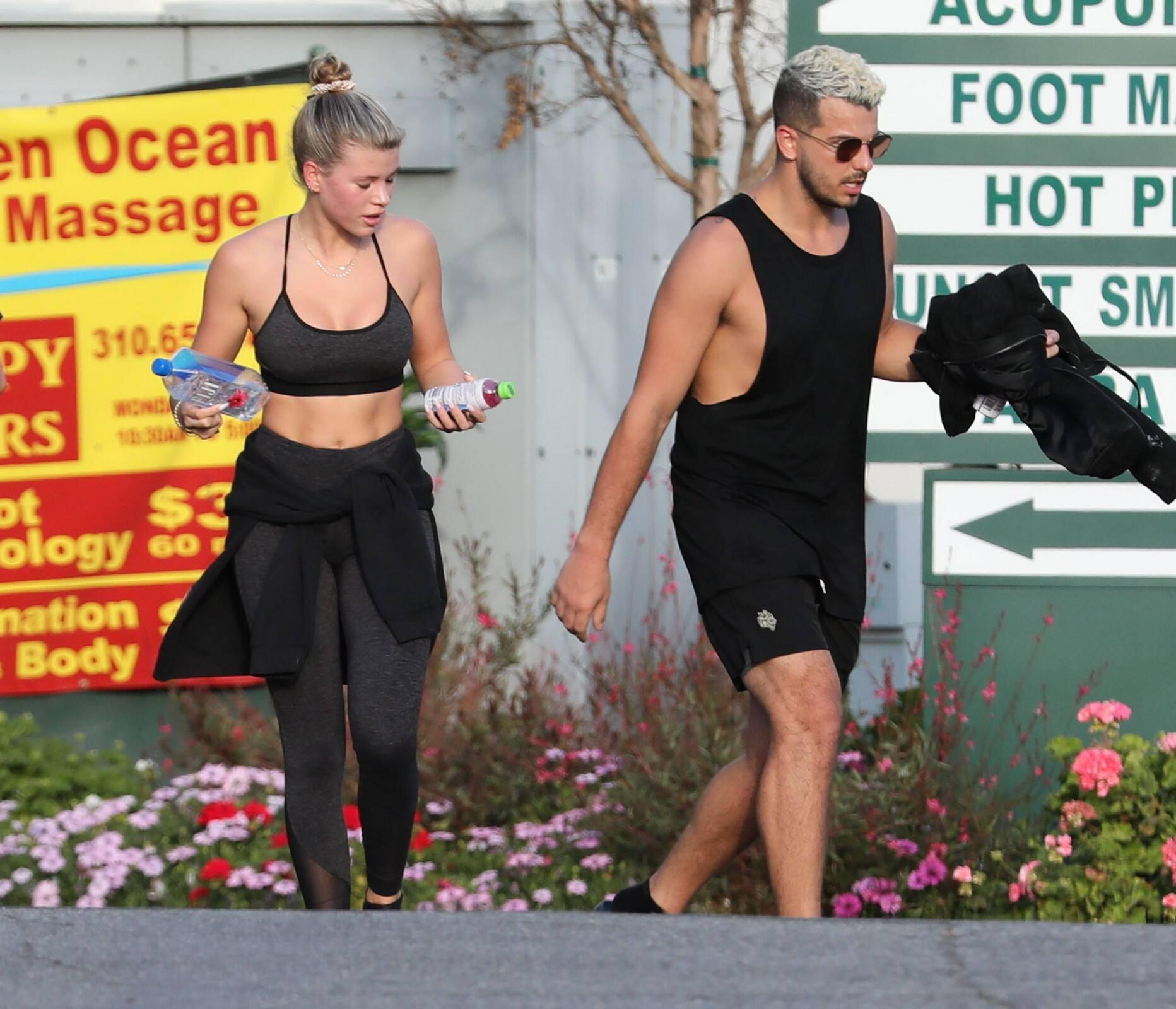 Sofia Richie Sexy Fit Body In Sports Bra
