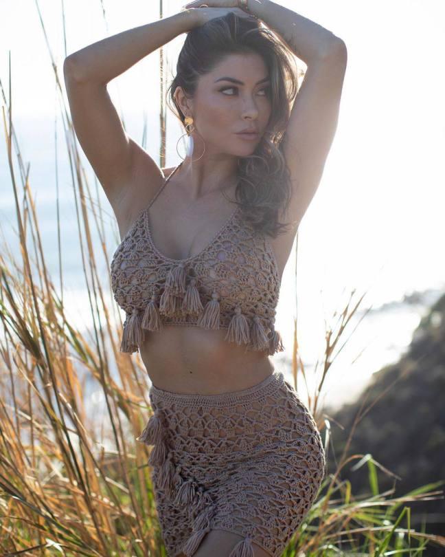 Arianny Celeste Beautiful Pic