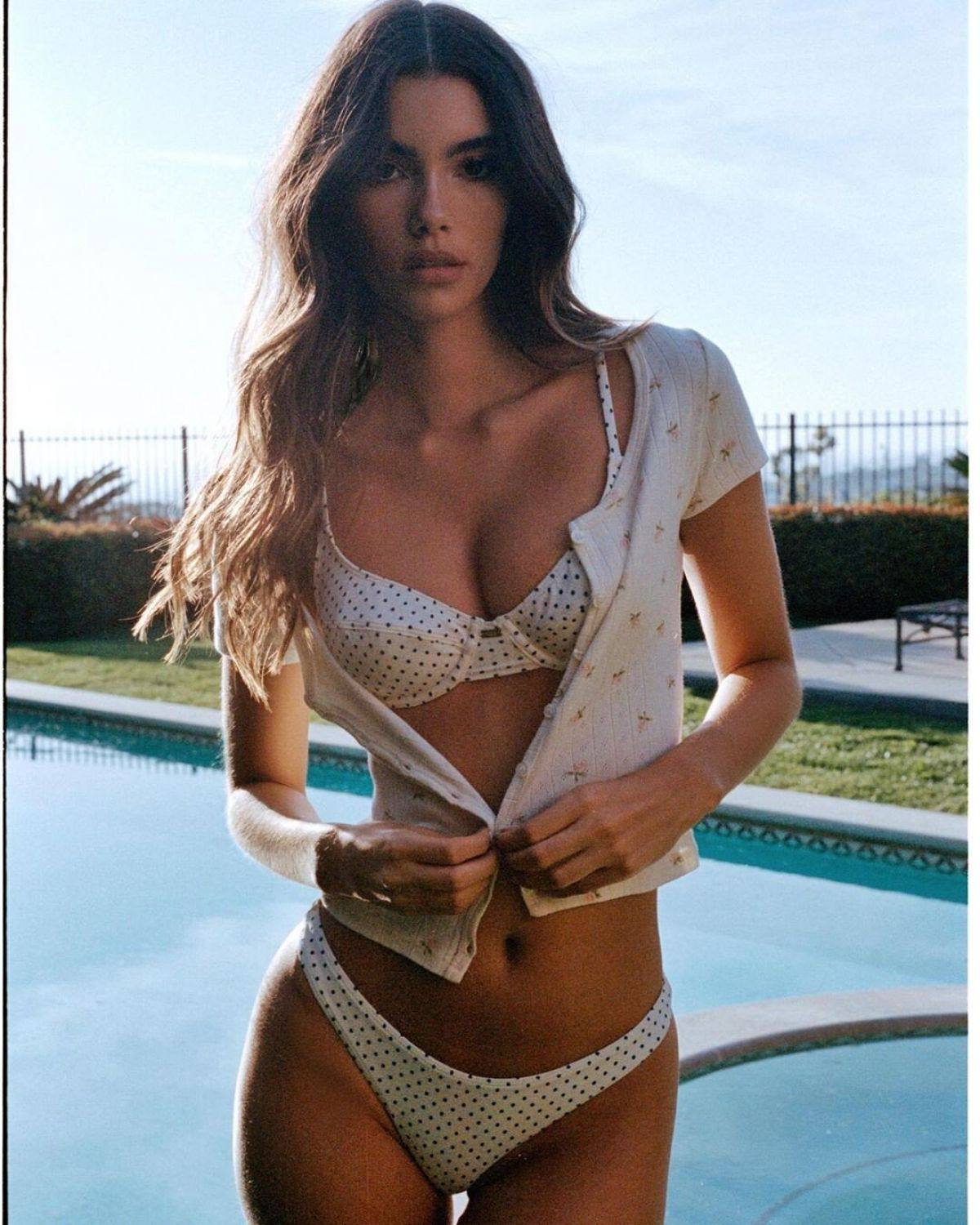 Cindy Mello Hot Body In Lingerie