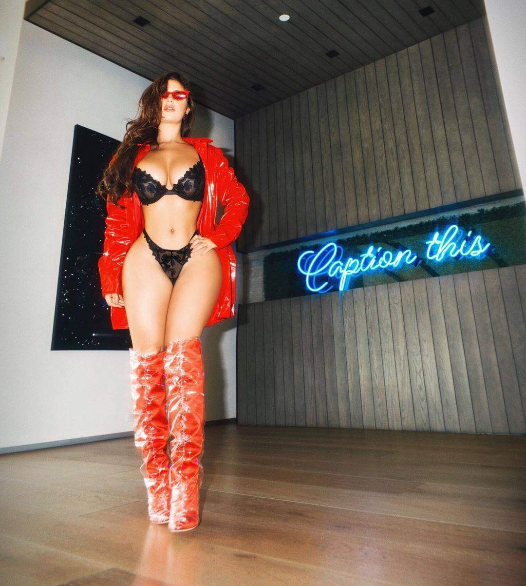 Demi Rose Mawby Spectacular Curvy Body In Boots In Black Lingerie