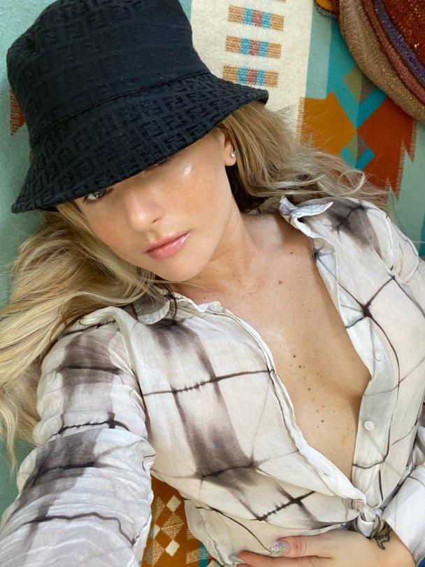 Jojo Levesque Sexy In An Open Shirt