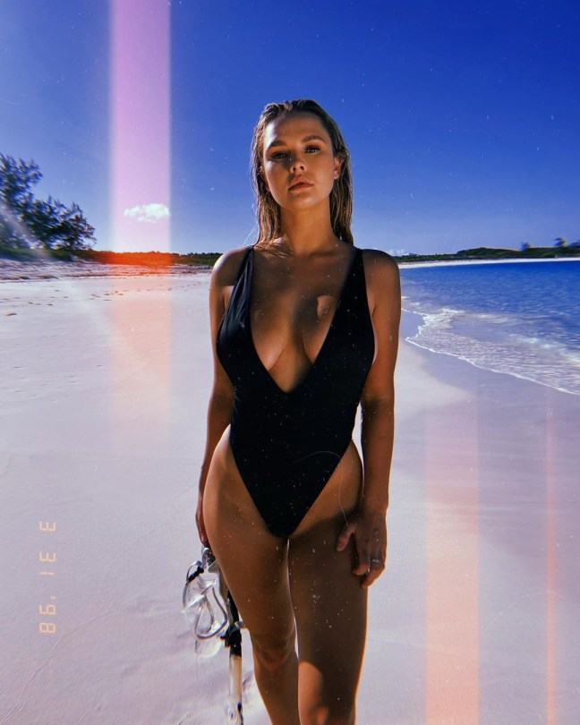 Kinsey Wolanski Sexy Big Boobs In Swimsuit