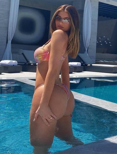 Kylie Jenner Hot Ass And Boobs