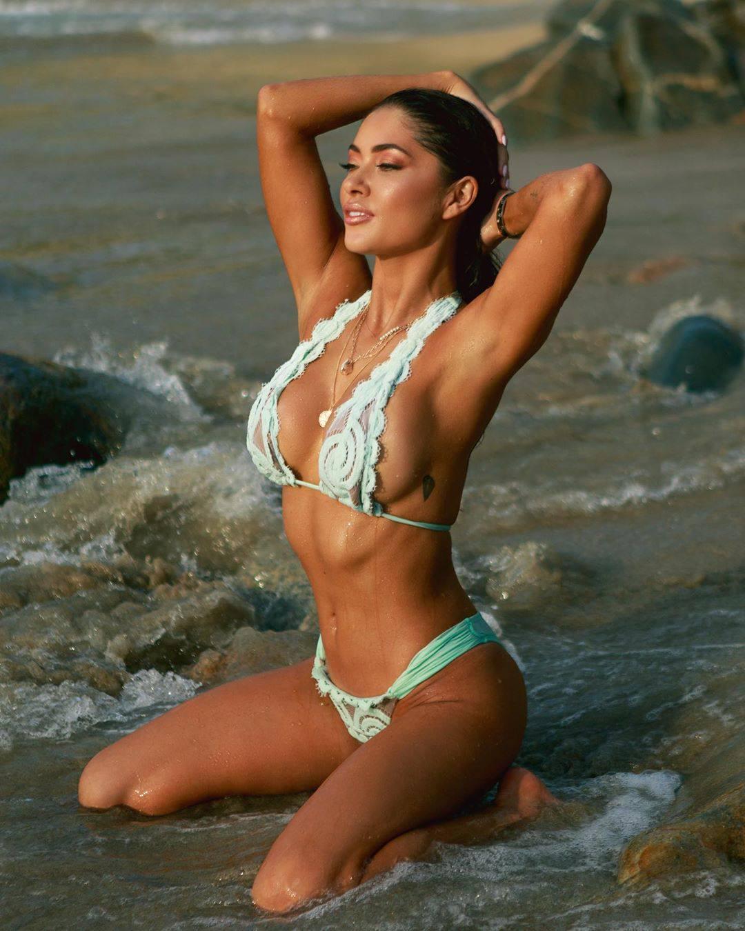 Arianny Celeste Hot Breasts In Sexy Tiny Bikini