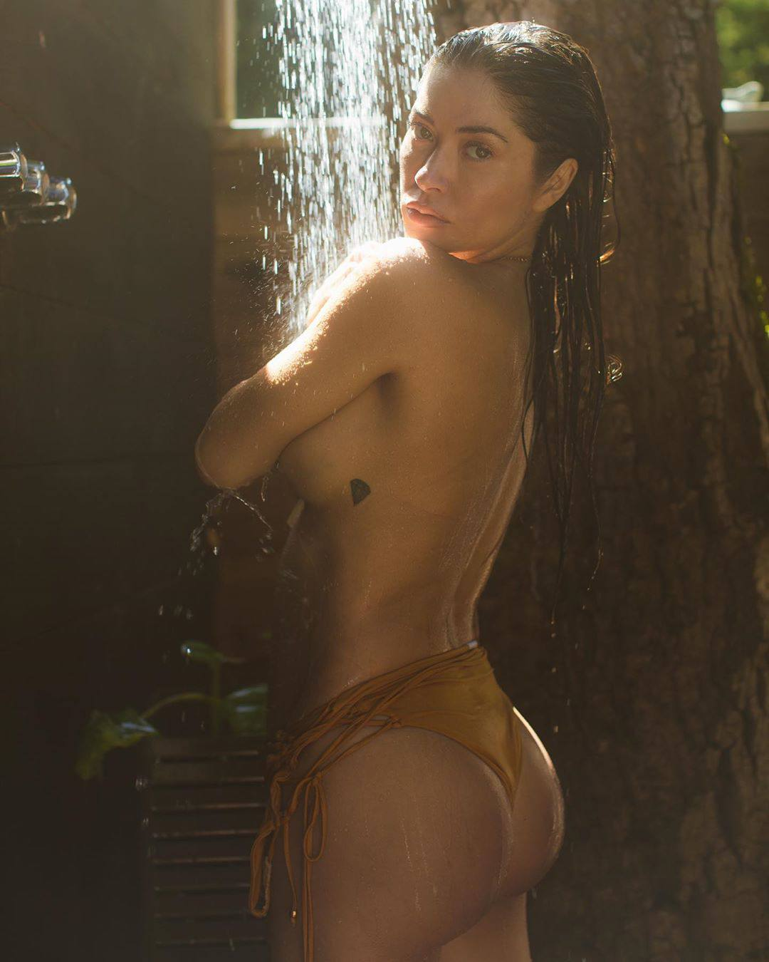 Arianny Celeste Topless Boobs And Perfect Ass