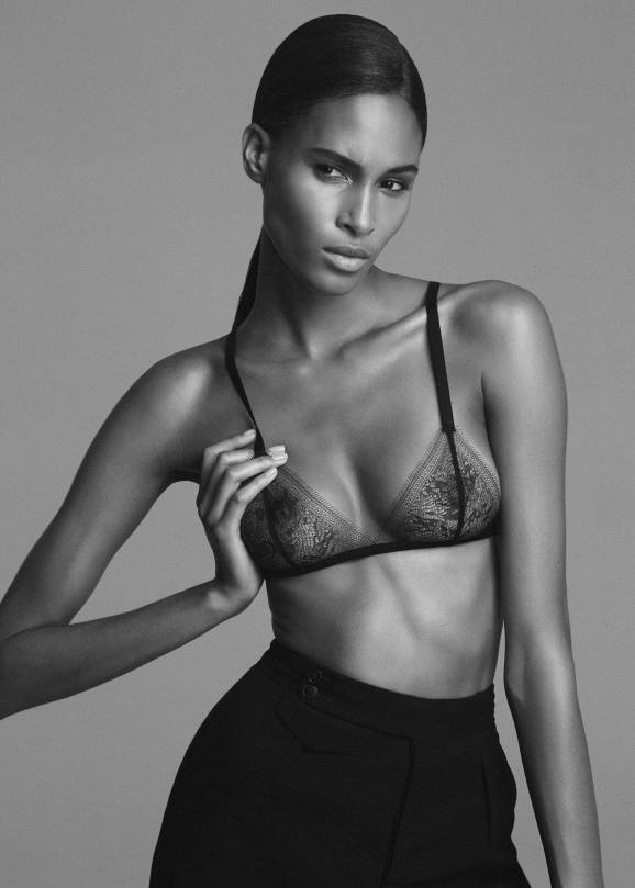 Cindy Bruna Beautiful Topless Pics