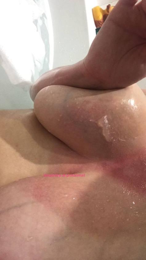 Dakota Blue Richards Hot Leaked Pics