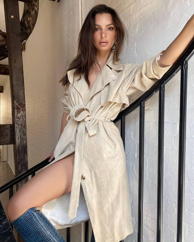 Emily Ratajkowski Sexy In Gq Mag