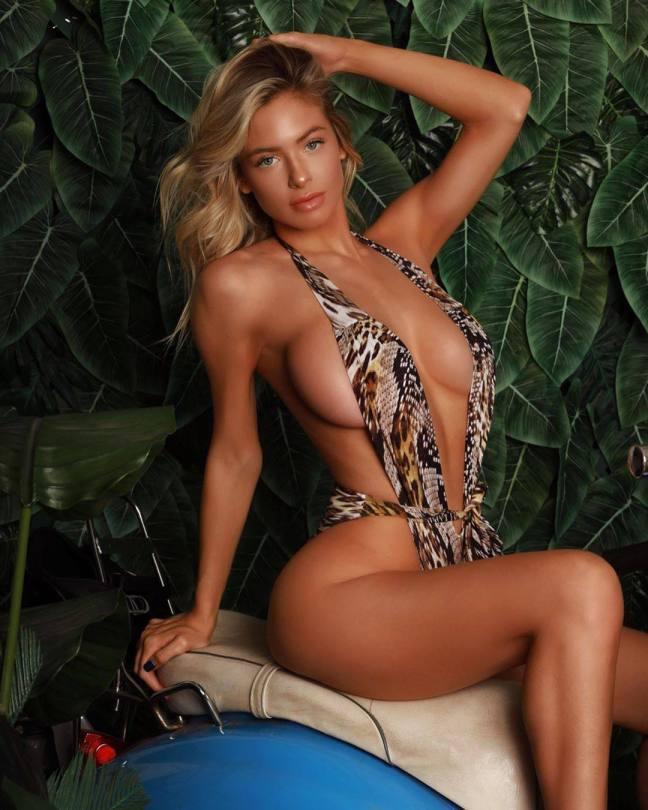 Hannah Palmer Sexy Body