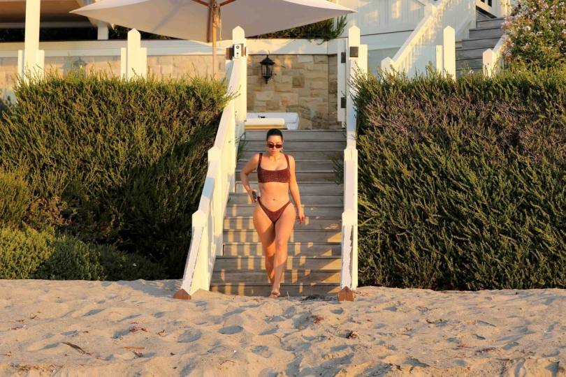 Kim Kardashian Hot In Bikini