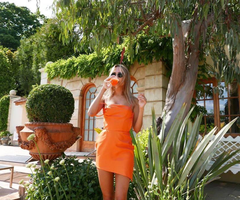 Kimberley Garner Sexy In Little Dress