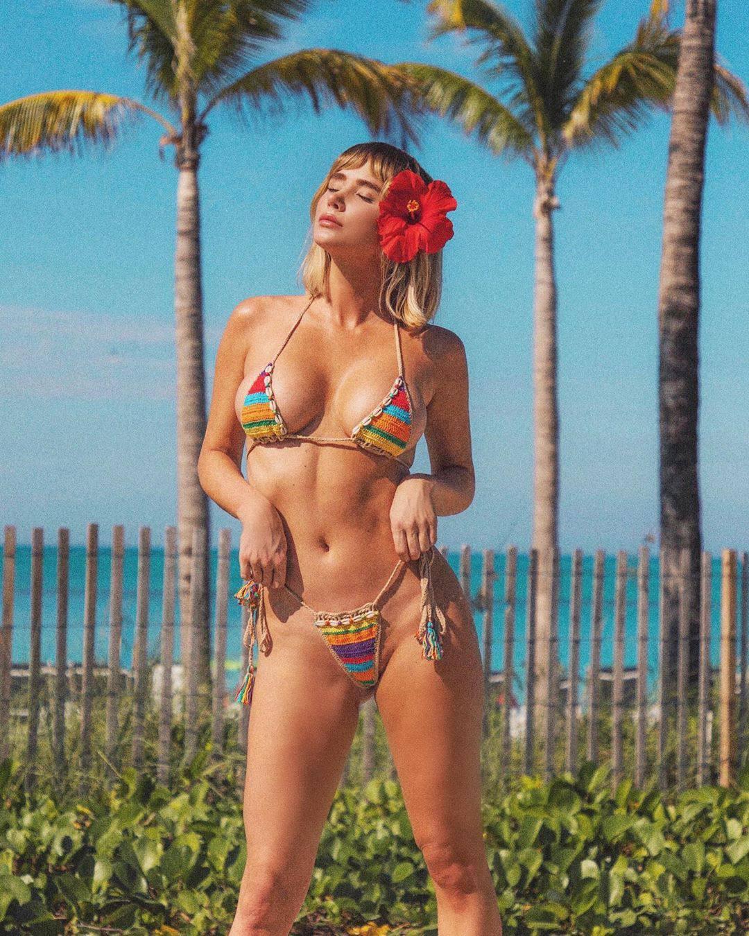Sara Underwood Tiny Bikini