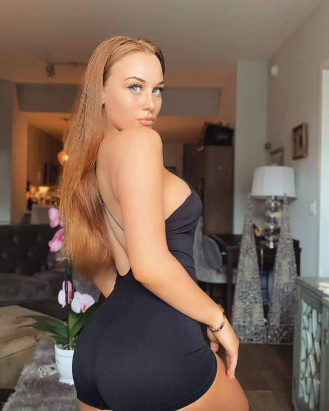Sarah Gibson Sexy Big Boobs
