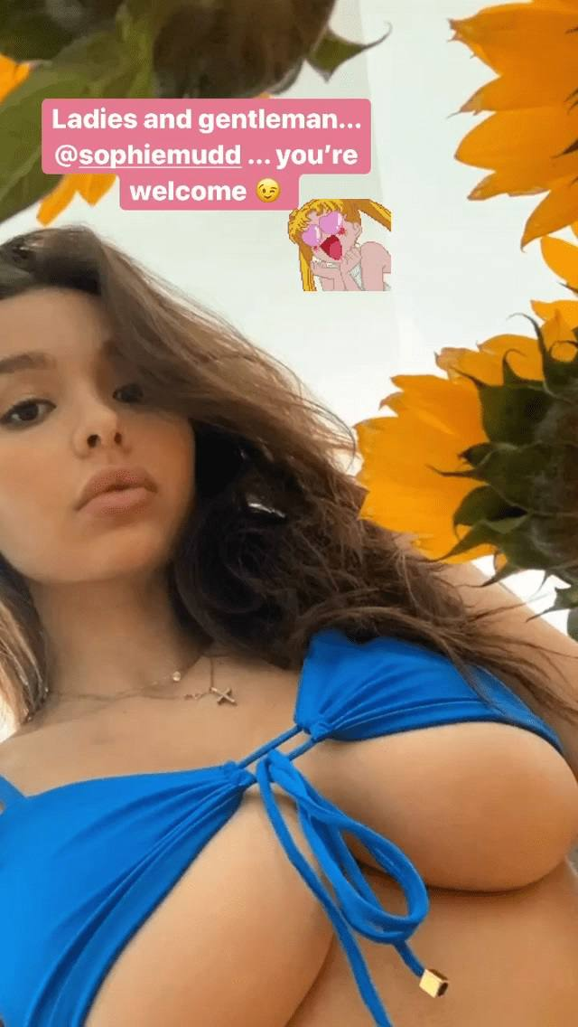 Sophie Mudd Spectacular Tits