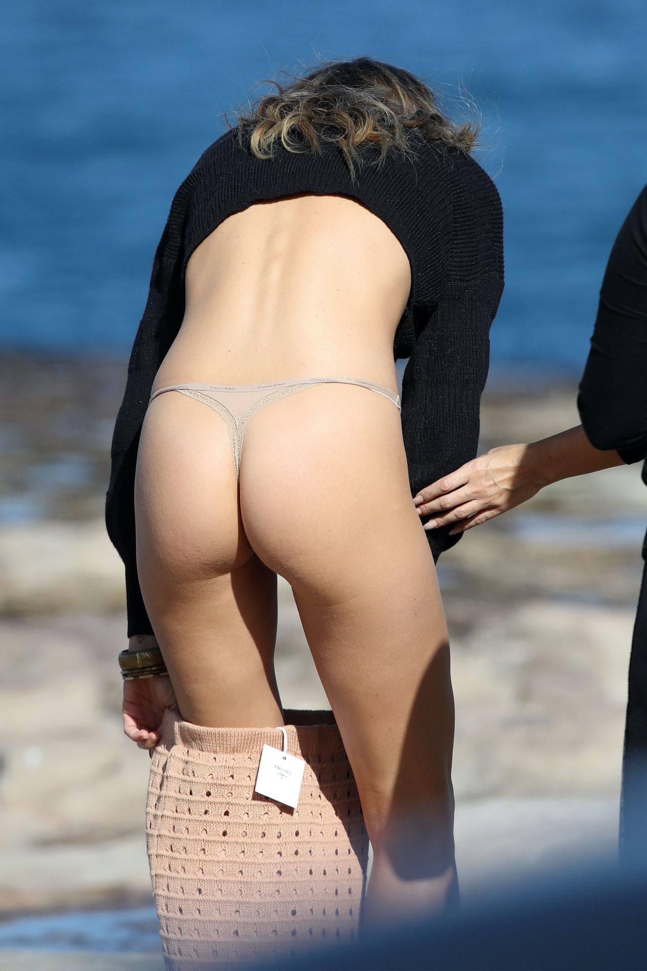 Stephanie Claire Smith Sexy In Underwear