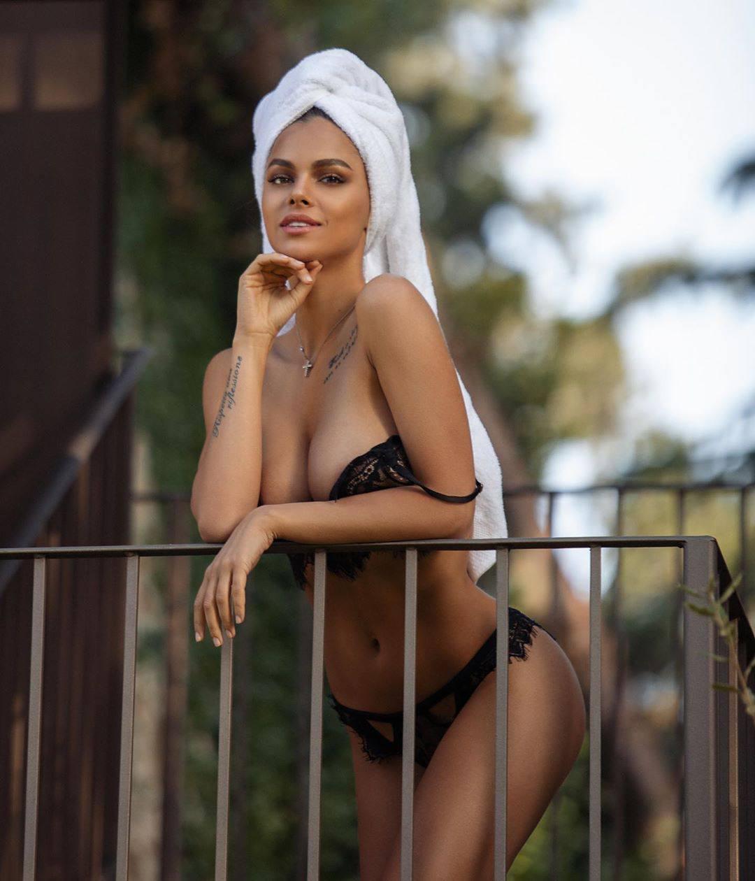 Viki Odintcova Hot Body