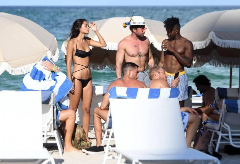 Ambra Gutierrez Sexy Bikini Body
