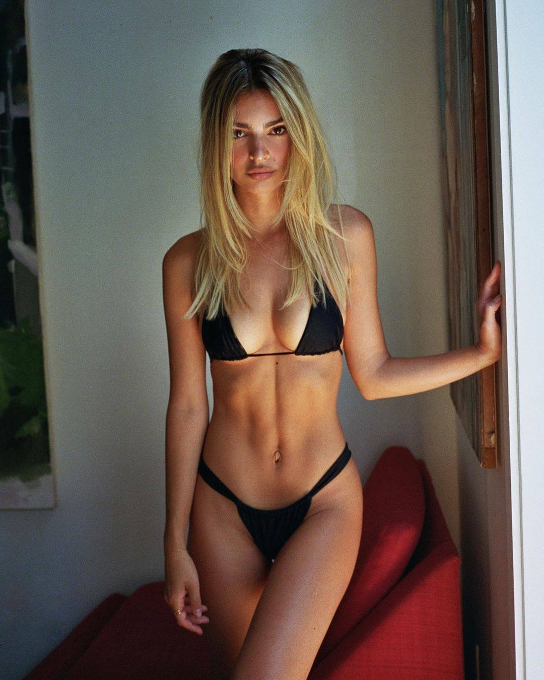 Emily Ratajkowski Hot Blonde
