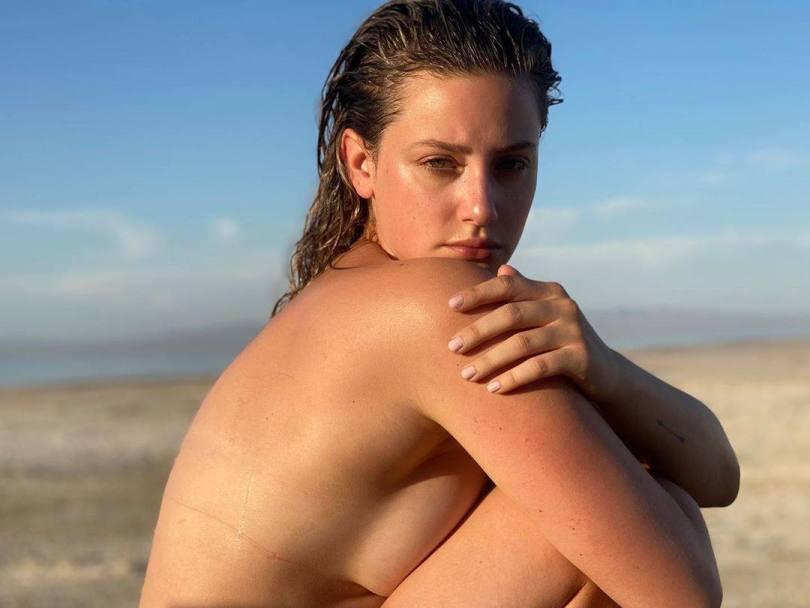 Lili Reinhart Topless Side Boob
