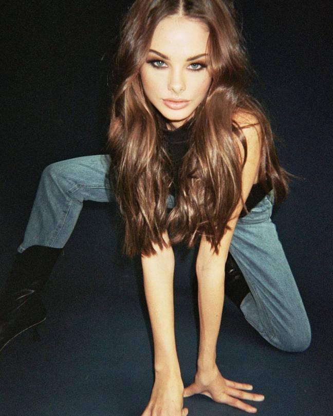 Meika Woollard Beautiful Photos
