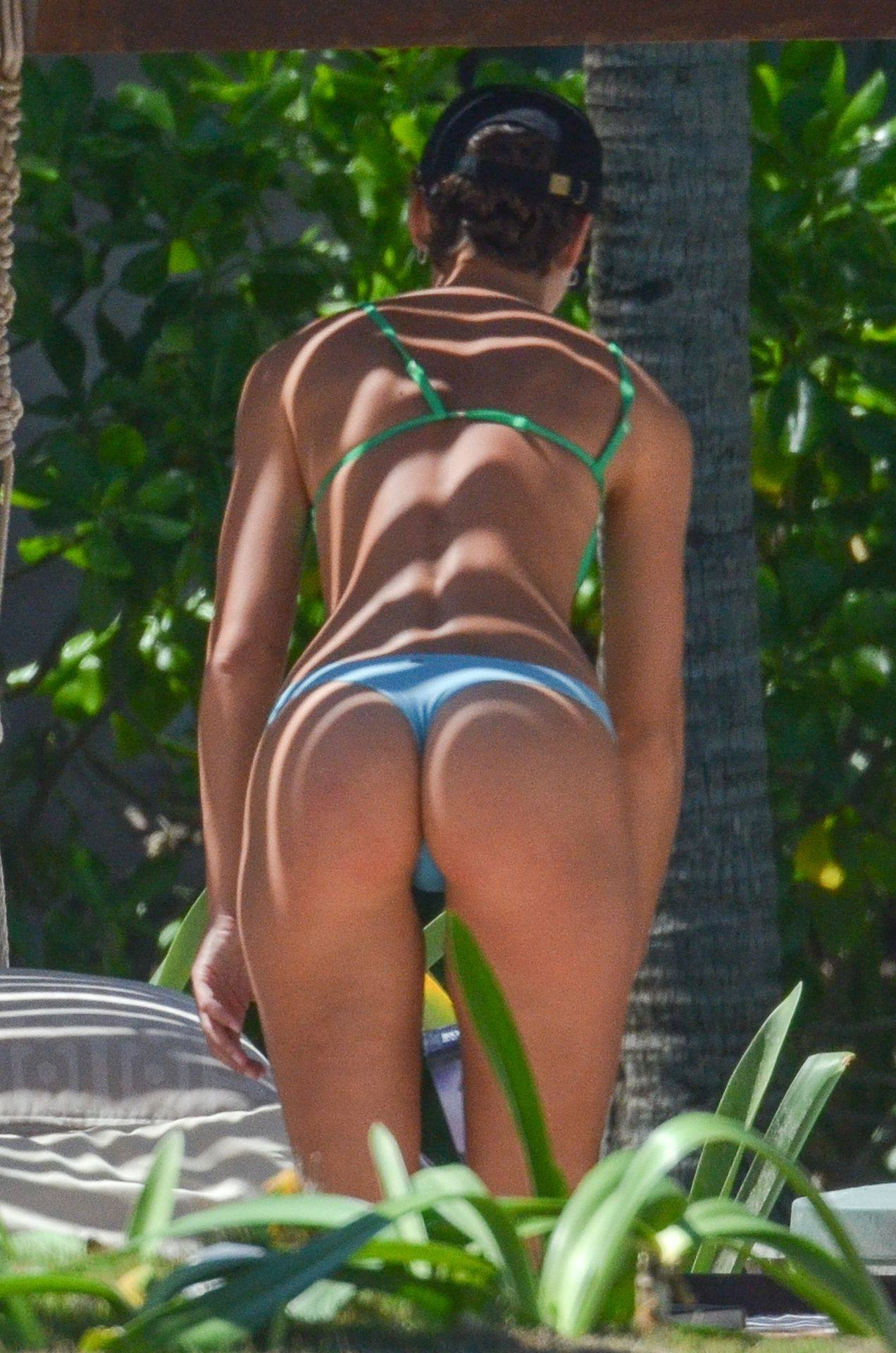 Rachel Cook Hot Body In Bikini