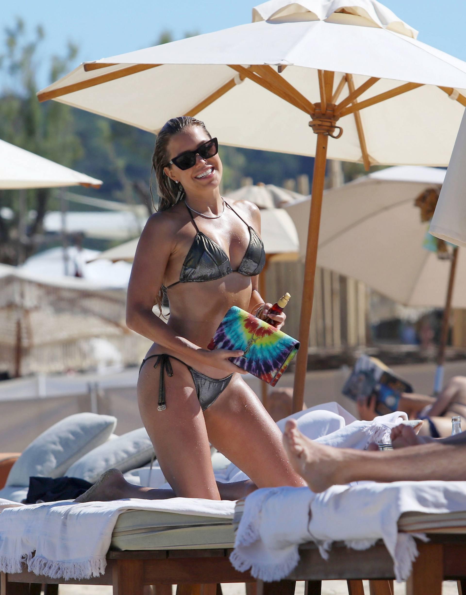 Sylvie Meis Sexy In Bikini